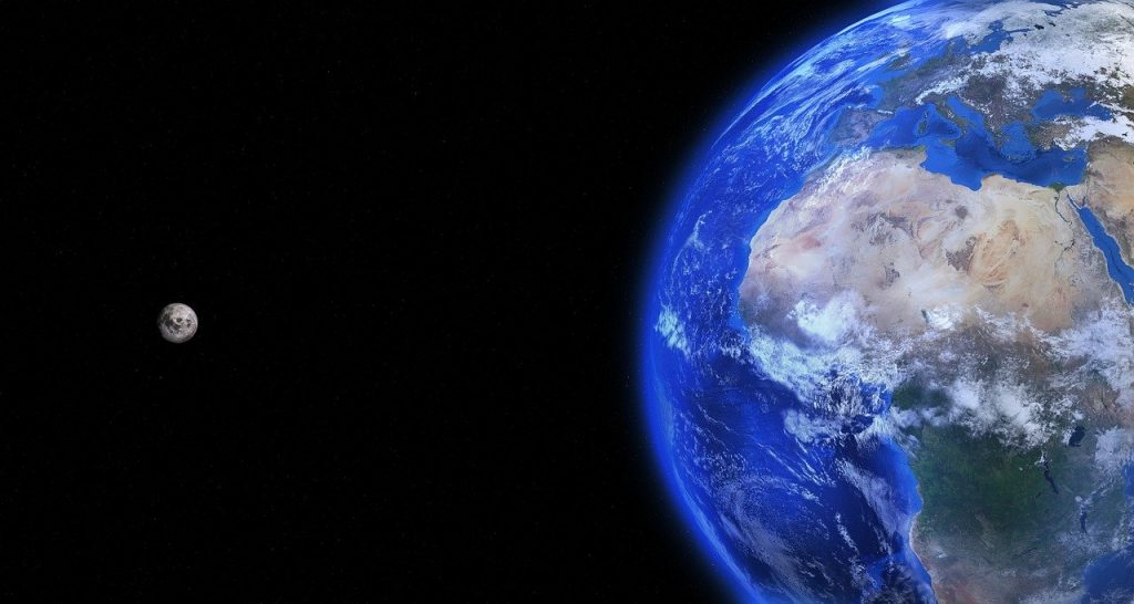 Imagen Tierra y Luna
