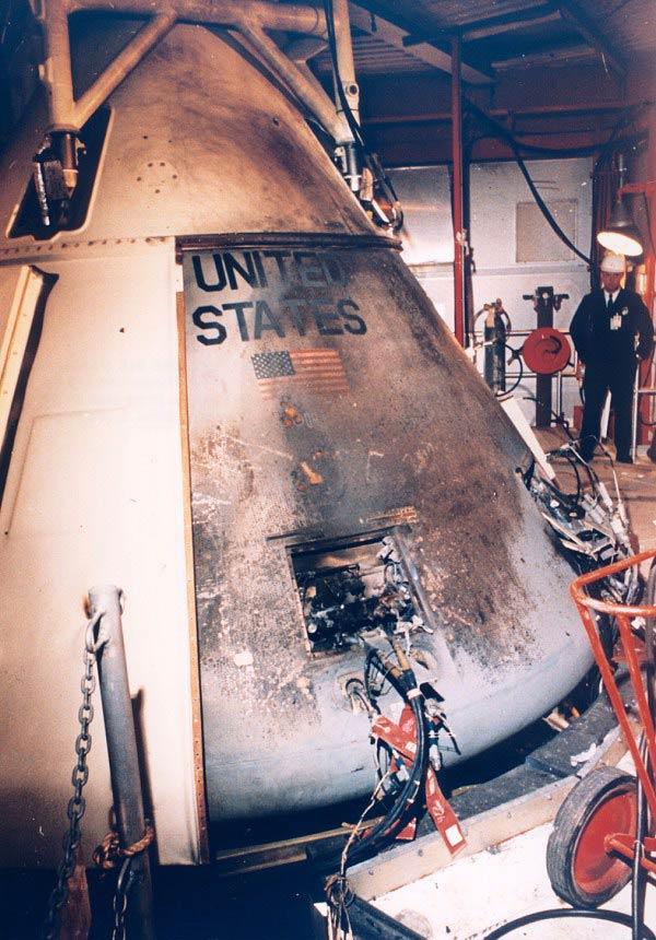 Cápsula del Apolo 1