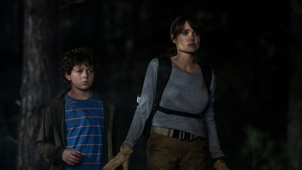 Angelina Jolie y Finn Little en 'Aquellos que desean mi muerte'