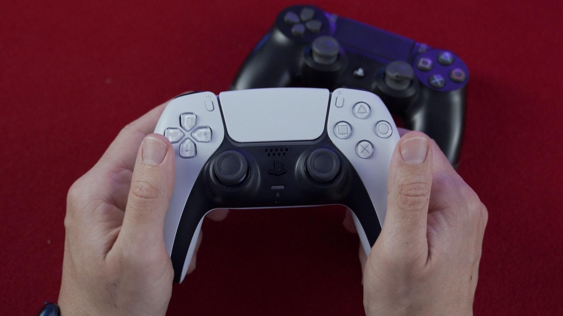 DualSense y DualShock juntos