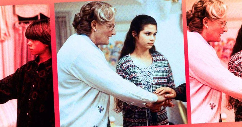 Robin Willians interpretando a la señora Doubtfire, junto a Lisa Jakub en 'Señora Doubtfire'
